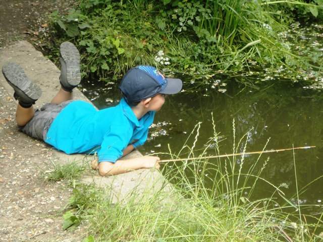 7th Camberley Beavers Fishing